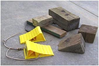 บริษัท สงขลา ไบโอแมส จำกัด Chock Blocks อุปกรณ์ที่ช่วยป้องกันอันตรายอีกอย่างหนึ่งที่ไม่ควรมองข้าม